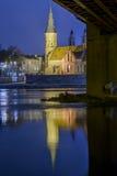 Kaunas Vytautas Church en la noche Fotografía de archivo