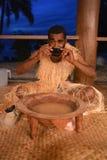 Kava het drinken stock foto