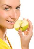 kawałek jabłczana kobieta Zdjęcia Royalty Free