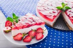 Kawałek truskawkowy cheesecake Fotografia Stock