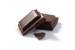 kawałki czekolady odizolowane obraz stock