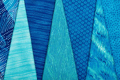 Kawałki stebnowanie tkaniny kłama na górze each inny Obrazy Stock