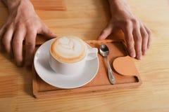 Kawa domu kontuaru tło z coffe filiżanką, odgórny widok Obraz Stock