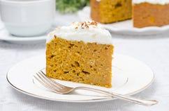 Kawałek bania tort z kremowy horyzontalnym Zdjęcie Royalty Free