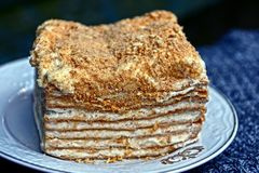 Kawałek chuchu tort na talerzu Zdjęcie Stock