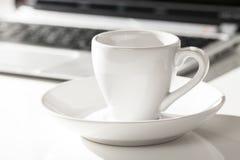 Kawa espresso i laptop Obrazy Royalty Free