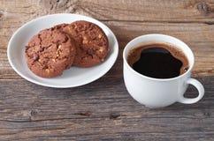 Kawa i ciastko z czekoladą Fotografia Royalty Free