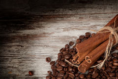 Kawa i cynamon zdjęcia royalty free