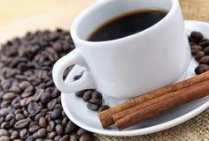 Kawa i cynamon obrazy royalty free