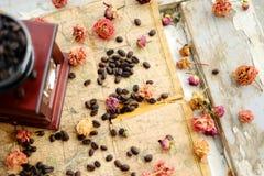 Kawa i róże zdjęcie royalty free