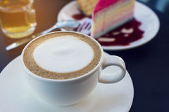 Kawa i tort, rocznika filtr zdjęcie stock