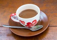 Kawa na Drewnianym stole Fotografia Royalty Free