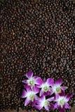 Kawa na drewnianym tle Zdjęcie Stock