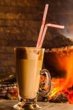 Kawa napoje z śmietanką w szkle fotografia royalty free