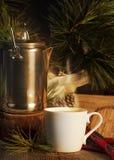 Kawa w filiżanki ogniska łunie Obrazy Royalty Free