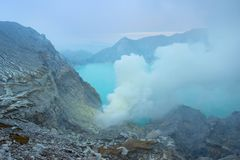 Kawah ijen кратер Java, Индонесия стоковое фото