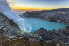 Kawah ijen el volcán Imagenes de archivo