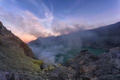 Kawah Ijen wulkan Wschodni Jawa, Indonezja fotografia stock