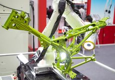 Kawasaki-de visie van het robotwapen inspecteert assemblagedeel royalty-vrije stock foto