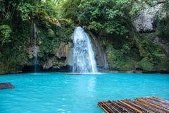 Kawasan在宿务海岛上落在菲律宾 免版税库存照片