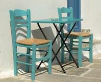 Kawiarnia stół W Greckiej wyspie fotografia stock