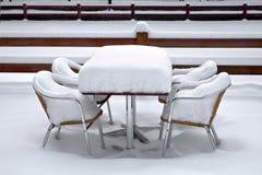 Kawiarnia z śniegiem. Zima krajobraz. Obraz Stock