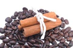 Kawowa fasola i cynamon Zdjęcie Stock