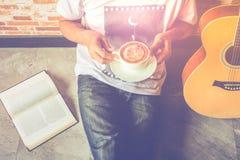 kawowa gitara zdjęcia royalty free