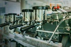 Kawowa maszyna w sklep z kawą Zdjęcie Royalty Free