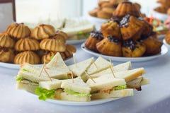 Kawowa przerwa, catering biznesowa konferencja Obrazy Royalty Free