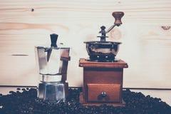 Kawowego garnka Kawowy ostrzarz Obrazy Royalty Free