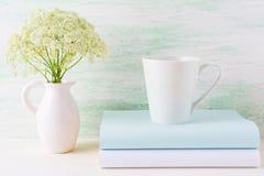 Kawowego kubka mockup latte jasnozielony kształt Zdjęcia Royalty Free