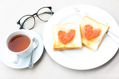 Kawowy śniadaniowy ustawiający z chlebem Obraz Royalty Free