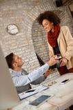 Kawowy czas W biurze Zdjęcia Stock