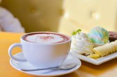 Kawowy czas w ranku, wakacje Obrazy Royalty Free