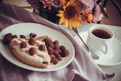 Kawowy i malinowy quiche Fotografia Stock