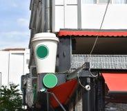 Kawowy kartonowy filiżanki signboard Kawowy mockup obraz stock