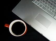 kawowy komputerowy laptop Zdjęcia Stock