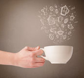 Kawowy kubek z ręki rysującymi kuchennymi akcesoriami Zdjęcia Stock