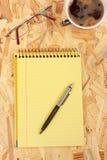 kawowy notatnik Obrazy Royalty Free