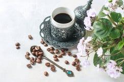 kawowy tradycyjny turkish kawa w orientalnym stylowym roczniku Obrazy Stock