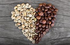 Kawowych fasoli hearth kształt Zdjęcia Royalty Free