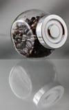 Kawowych fasoli słój Zdjęcia Royalty Free