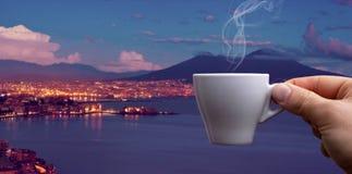 Kawy espresso filiżanka nad zatoką Naples fotografia royalty free