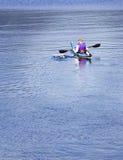 kayak смещения мирный Стоковая Фотография