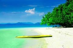 Kayak dans le paradis photo libre de droits
