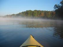 Kayak de début de la matinée Photos stock
