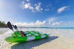 Kayak de nov. 19,2017 sur la plage blanche, Boracay Photo libre de droits