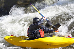 Kayak de Whitewater Photos stock