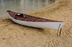 kayak en bois Images libres de droits